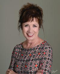 Insurance Agent Terri Waggoner