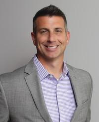 Agente de seguros Brad Maier