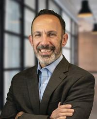 Agente de seguros James Grossi