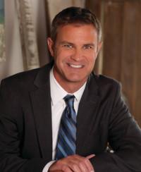 Agente de seguros Mark Geil