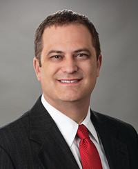 Agente de seguros Tommy Kelaher