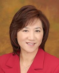 Insurance Agent Lisa Leung