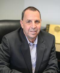Agente de seguros Frank Raffone