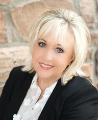 Agente de seguros Judy Helwani