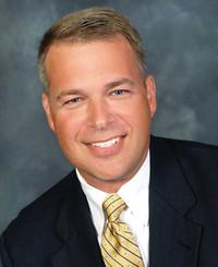 Agente de seguros Sean Devins