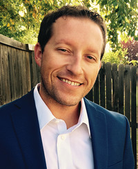 Agente de seguros Chad Carlisle