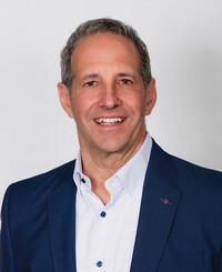 Agente de seguros Jon Laskin