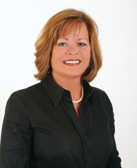 Insurance Agent Darby Veazey