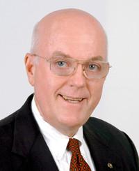 Agente de seguros Andrew Baetz