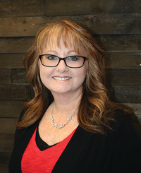 Insurance Agent Tracy Johnson