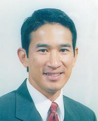 Insurance Agent Tien Pham