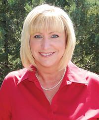 Insurance Agent Heidi Fowler