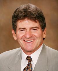 Agente de seguros Mike Ellison