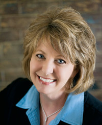 Insurance Agent Sherrie Munday