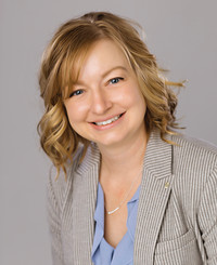 Agente de seguros Kari Bauman
