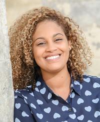 Agente de seguros Valauna Knight-Brown