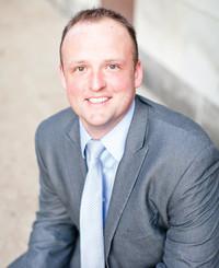 Agente de seguros Travis Hesser