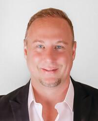 Agente de seguros Jason Chafe