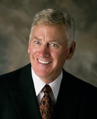 Agente de seguros Ken Heiner