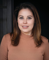 Insurance Agent Isabel Munoz