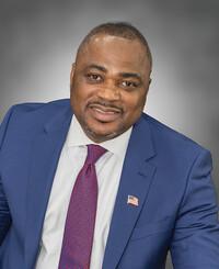 Agente de seguros David Korede