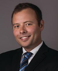Agente de seguros John Elbin